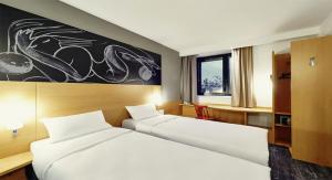 Комната с 2-мя односпальными кроватями
