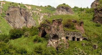 Пещерный город Старый Хндзореск